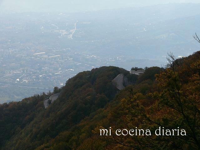 Abadía Monasterio de Montevirgen - Mercogliano, Avellino, Italia (Аббатство Монастарь Монтеверджине - Мерколиано, Авеллино, Италия)