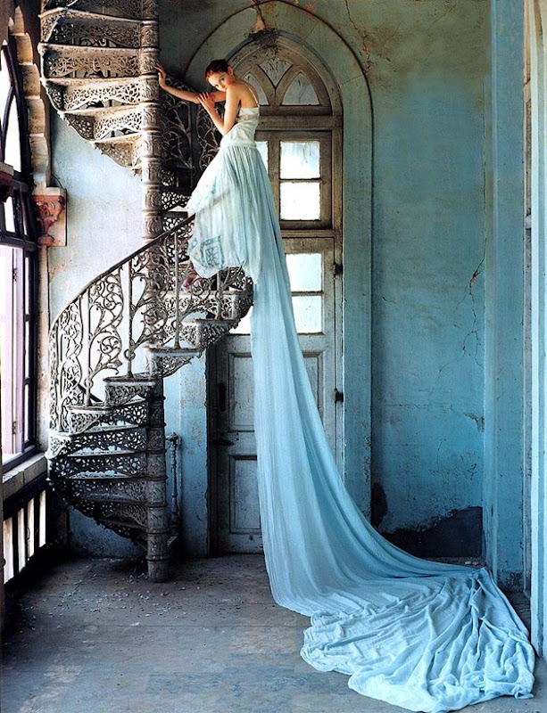 tim-walker-stairway-lily-cole[1]