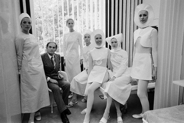 nurses-uniforms-by-pierre-cardin-1970[1]