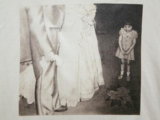 ClubT購入商品画像ー結婚式の女の子(素描)