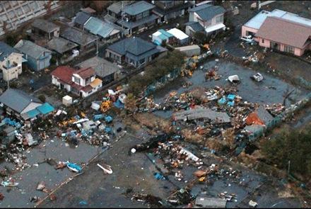 japan-tsunami7