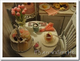 cupcakes and table