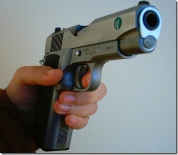 pistola[1]