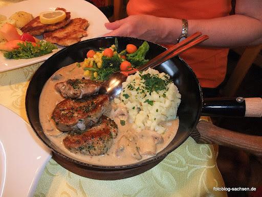 Grillfilet auf Gemüse