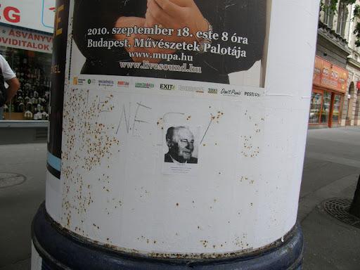 Budapest, Magyarországi Munkáspárt, Kádár János, street art, plakát, Erzsébet körút, blog, megemlékezés