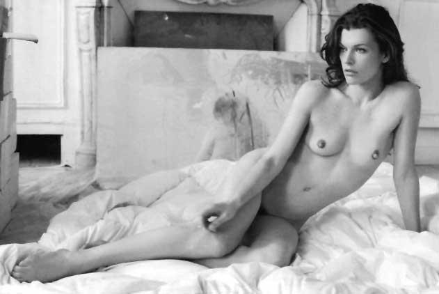Milla Jovovich Desnuda En La Revista Purple B N