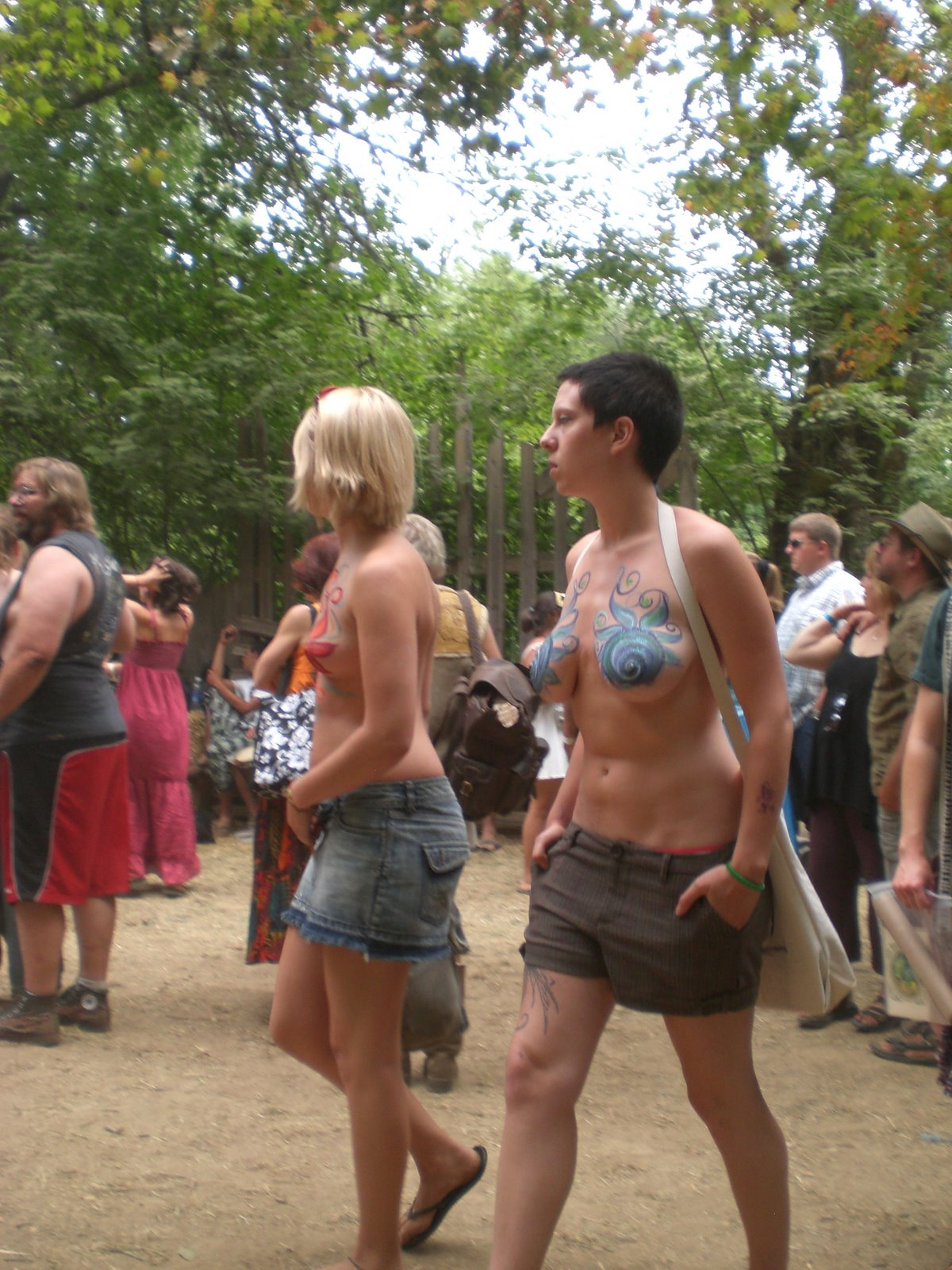 Forum naked holiday #1