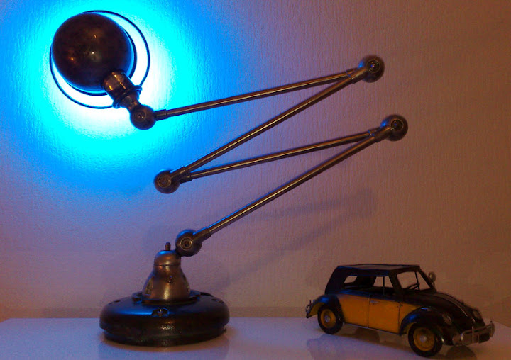 espritloft temps modernes lampe industrielle jielde led. Black Bedroom Furniture Sets. Home Design Ideas