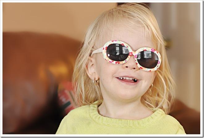 Britney in shades2