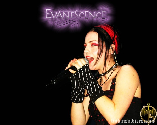 [EvanescenceEvanescence-AmyLee-2LinkinSoldiers [Original Resolution][2].jpg]