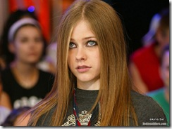 avril-lavigne-1024x768-4633 LinkinSoldiers