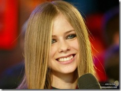avril-lavigne-1024x768-4634 LinkinSoldiers