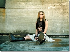 avril-lavigne-1600x1200-4558 LinkinSoldiers