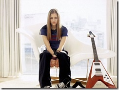avril-lavigne-1600x1200-16449 LinkinSoldiers