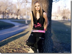 avril-lavigne-1600x1200-20785 LinkinSoldiers