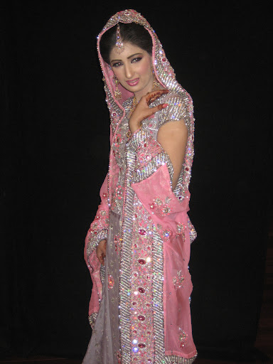 Wedding Dresses | Wedding Dress up | The Wedding Dress: The Indian ...