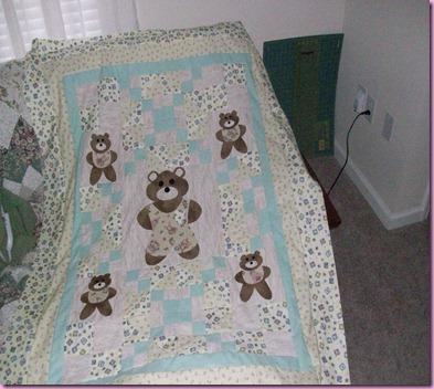 Bear Quilt 041