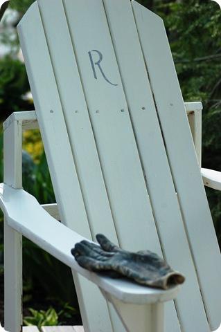 chair with garden gloves
