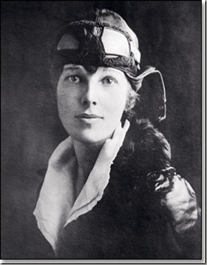 Amelia-Earhart_250