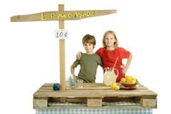 Lemonade Stand - iStock_000003674685XSmall