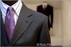 Suit LR - Fotolia_4257823_Subscription_L