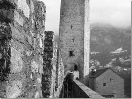 camminamento verso la torre di Castelgrande a Bellinzona