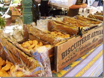 biscotti al mercato provenzale di sanary sur mer