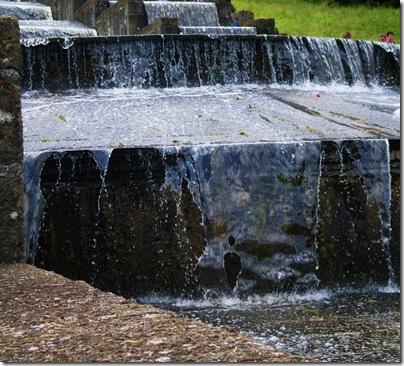 L'acqua comincia a scendere al wilhelmhohe