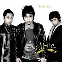 free download mp3 Lirik Lagu dan Chord Kunci gitar lagu Wanita Terakhir - Ethic