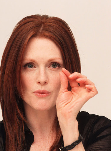 the gallery for gt julianne moore 1990