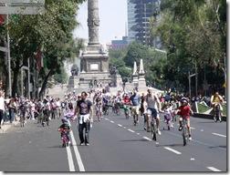 Paseo de la Reforma en Domingo