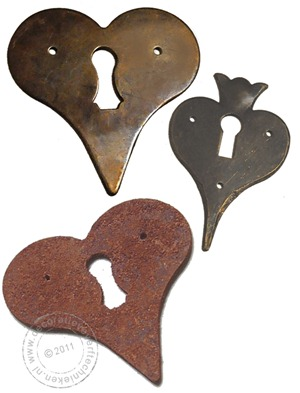 decoratieve-verftechnieken-sleutelplaatjes-hart