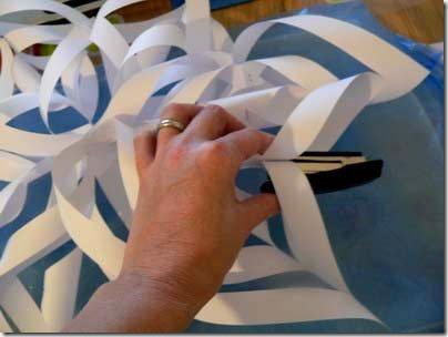 Как сделать снежинку из бумаги объемную снежинку