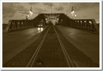 puentesepia