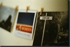 LOMO_PHOTO WALL