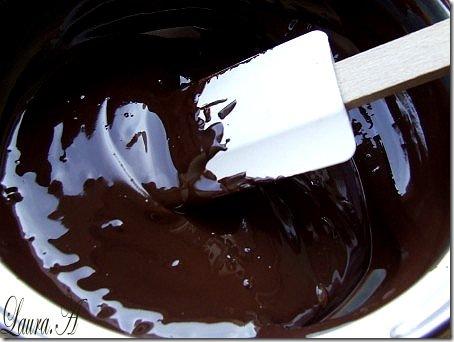 tort de ciocolata 030 []