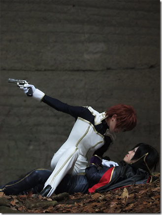 code geass: lelouch of the rebellion cosplay - kururugi suzake and lelouch lamperouge aka zero