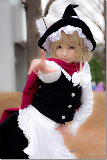 touhou project cosplay - kirisame marisa from winter comiket 2010