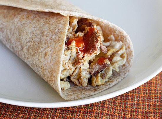 Chorizo and Egg White Breakfast Burrito | Skinnytaste