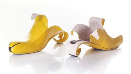 http://lh4.ggpht.com/_BkOsthGKM3U/TKc7YhoGd0I/AAAAAAAAAdQ/G7h6guOs60E/7%20Fancy%20shoes.jpg