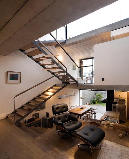 http://lh4.ggpht.com/_BkOsthGKM3U/TKgsnQdKuQI/AAAAAAAAAeE/cLm4CsfkmS8/6%20Juranda-House-juranda-house-interior.jpeg