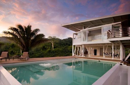 http://lh4.ggpht.com/_BkOsthGKM3U/TM7vnXtcRZI/AAAAAAAAAzk/8xIVAmhjmF0/20%20Iseami-House-by-Robles-Arquitectos-10.jpg