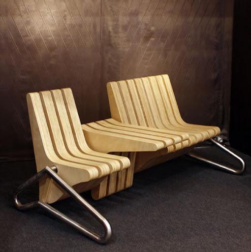 http://lh4.ggpht.com/_BkOsthGKM3U/TNA6vtW1X5I/AAAAAAAAA0Q/xUbOx0wVkXA/bench-coffee-table.jpg