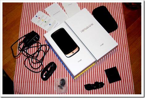 Inhalte des Nexus One Kartons
