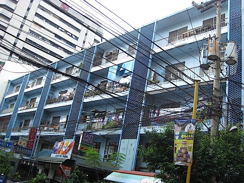 Binondo apartment building