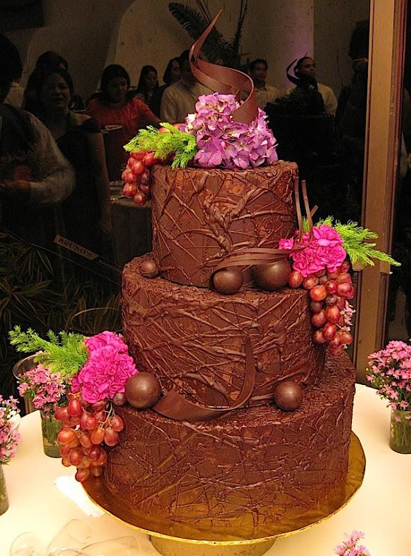 wedding cake from Bizu Patisserie
