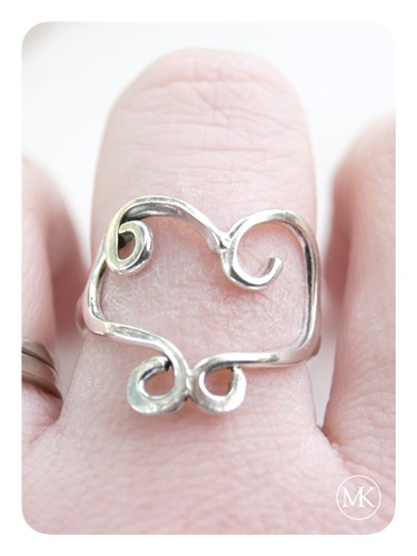 a twisted heart ring 4