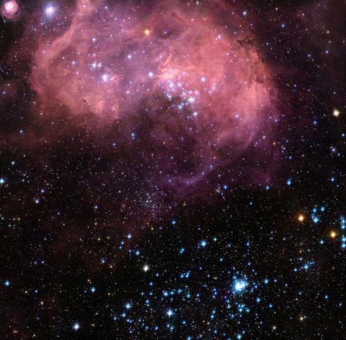 Resultado de imagen de Un equipo de científicos del Instituto de Astrofísica de las Canarias (IAC) y la Universidad de Texas lograron identificar una de las moléculas orgánicas más complejas encontradas hasta ahora en la materia entre las estrellas