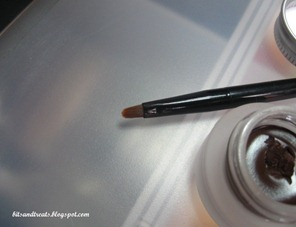 maybelline eyestudio gel eyeliner brush, by bitsandtreats