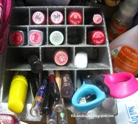 lipstick organizer, by bitsandtreats
